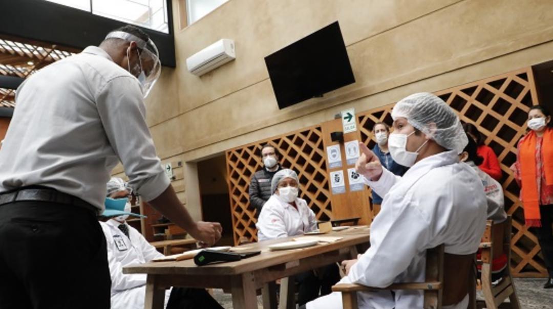 Acodrés lanza campaña en Change.org para salvar restaurantes de Colombia.